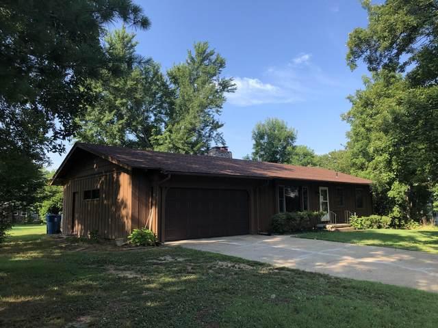 413 Tina Street, Hollister, MO 65672 (MLS #60167637) :: Clay & Clay Real Estate Team