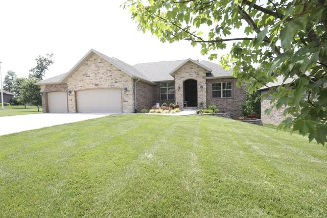 2302 W Darby Street, Springfield, MO 65810 (MLS #60194014) :: Clay & Clay Real Estate Team