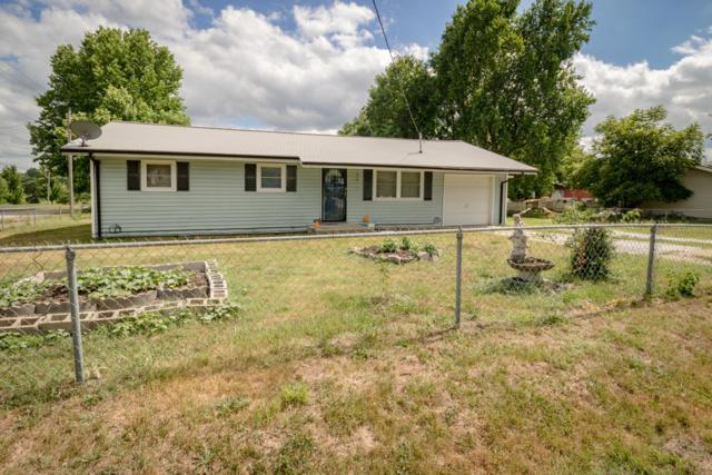 1723 N Eldon Avenue, Springfield, MO 65803 (MLS #60104073) :: Good Life Realty of Missouri