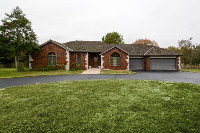 2033 N Steeple Chase Court, Nixa, MO 65714 (MLS #60122828) :: Team Real Estate - Springfield