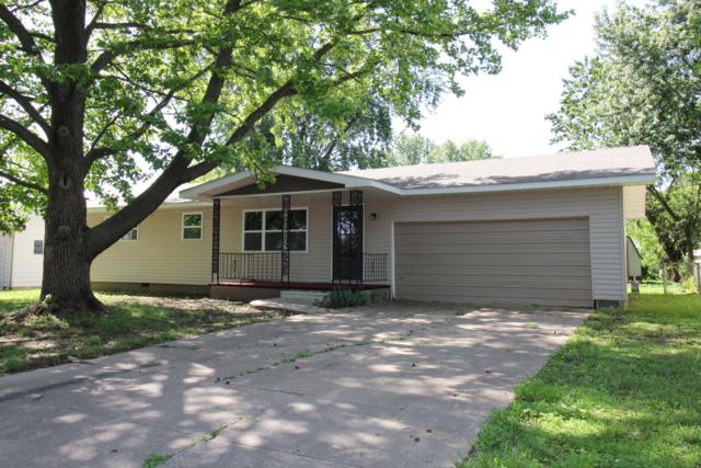 2752 W Chicago Street, Springfield, MO 65803 (MLS #60128994) :: Sue Carter Real Estate Group