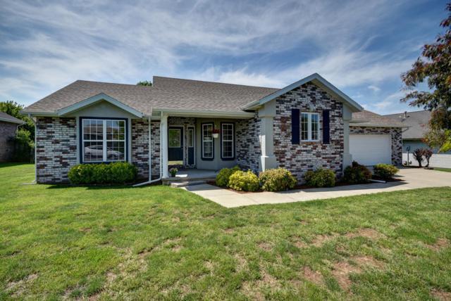 1602 E Parkview Street, Ozark, MO 65721 (MLS #60136644) :: Sue Carter Real Estate Group