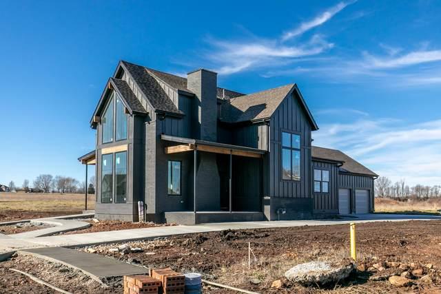 977 E Valley Trail Drive, Republic, MO 65738 (MLS #60161970) :: The Real Estate Riders