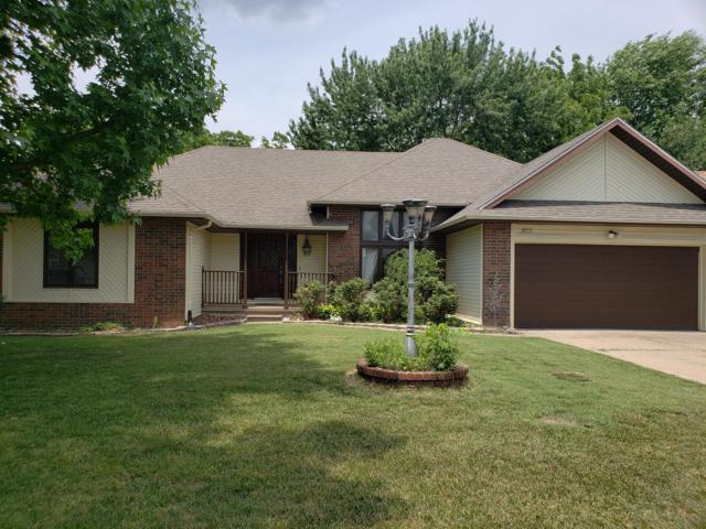 3879 N Broadway Avenue, Springfield, MO 65803 (MLS #60093933) :: Weichert, REALTORS - Good Life