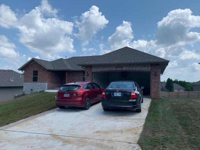 1058 E Lakota Drive, Nixa, MO 65714 (MLS #60126891) :: Sue Carter Real Estate Group