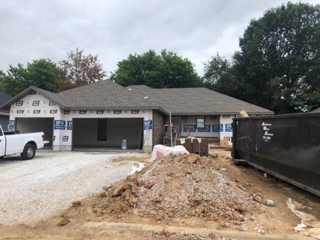 1010 W Briarwood Lane, Nixa, MO 65714 (MLS #60135857) :: Sue Carter Real Estate Group