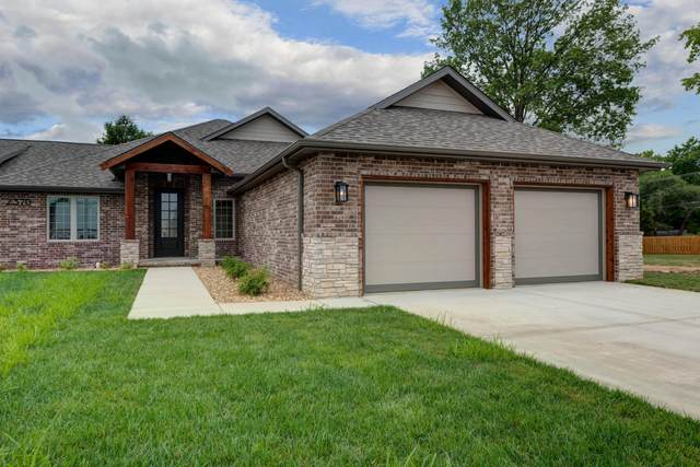 2370 E Cardinal Street, Springfield, MO 65804 (MLS #60164165) :: The Real Estate Riders