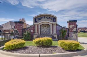 1494 W Silver Oak Drive, Springfield, MO 65810 (MLS #60062420) :: Team Real Estate - Springfield