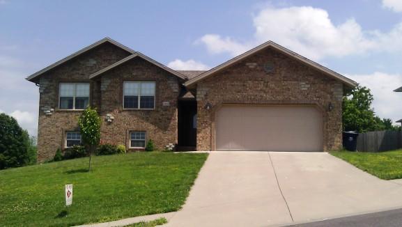 1404 S Solaira Street, Ozark, MO 65721 (MLS #60082942) :: Greater Springfield, REALTORS