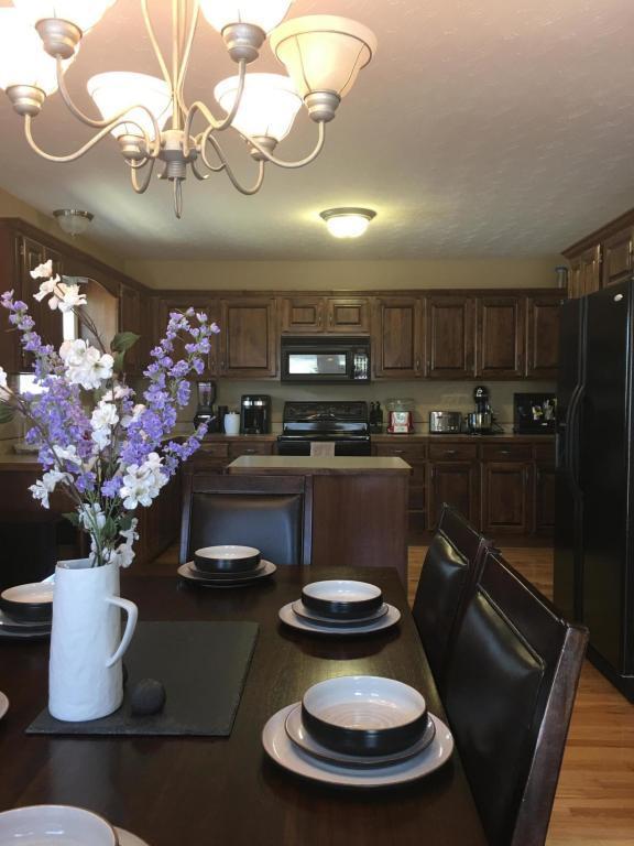 3301 N 28th Street, Ozark, MO 65721 (MLS #60085194) :: Select Homes