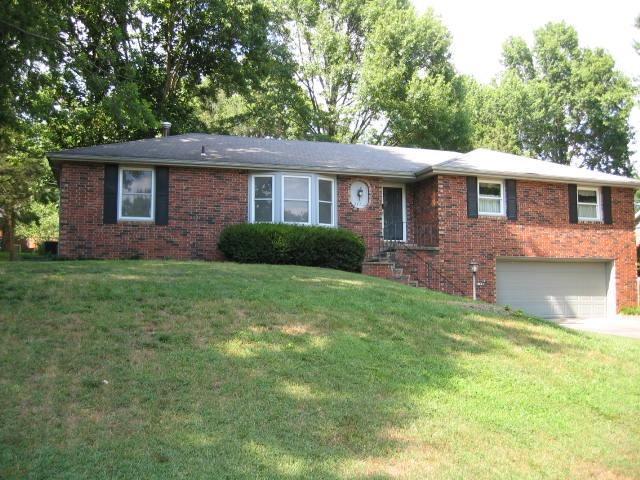 2467 E Barataria Street, Springfield, MO 65804 (MLS #60085318) :: Select Homes