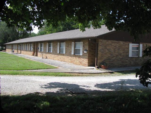1006 E Cale Street, Monett, MO 65708 (MLS #60090678) :: Select Homes