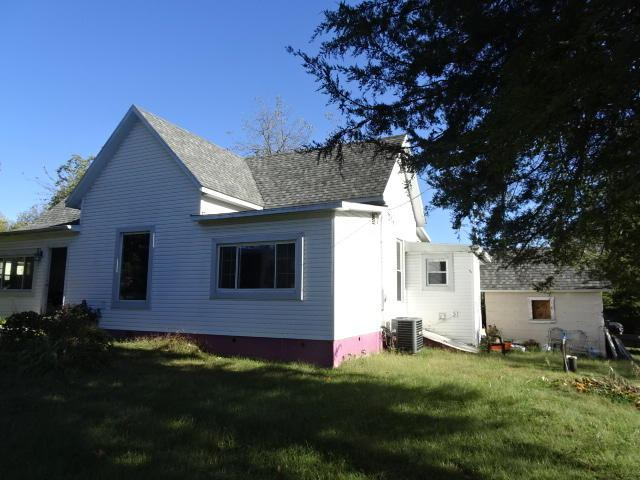 11710 3rd Street, Mt Vernon, MO 65712 (MLS #60092217) :: Select Homes