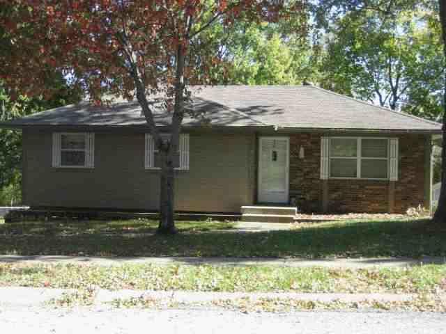 2021 N York Street, Independence, MO 64058 (MLS #60094806) :: Greater Springfield, REALTORS