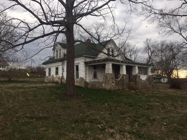 203 Garfield, Ava, MO 65608 (MLS #60102939) :: Good Life Realty of Missouri
