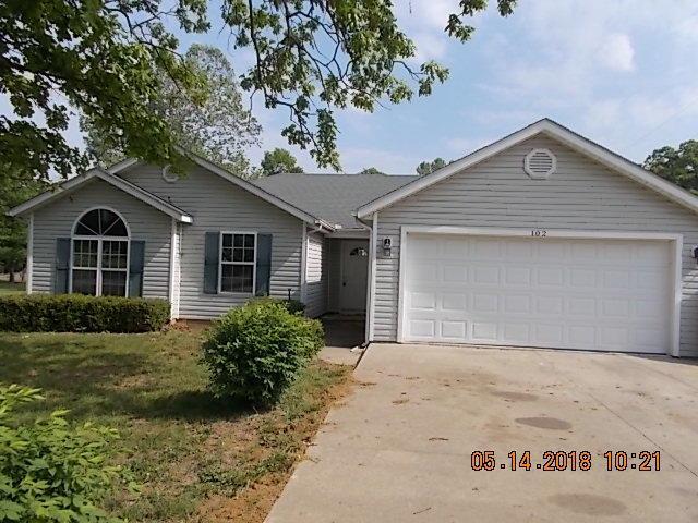 102 Schimm Circle, Carl Junction, MO 64834 (MLS #60108497) :: Team Real Estate - Springfield