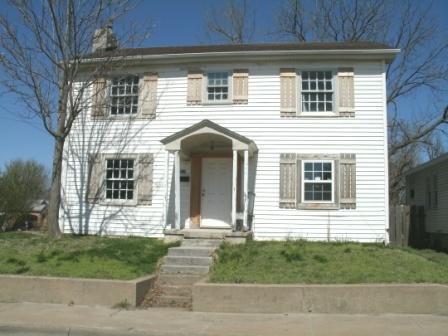 423 W Division Street, Springfield, MO 65803 (MLS #60110013) :: Good Life Realty of Missouri