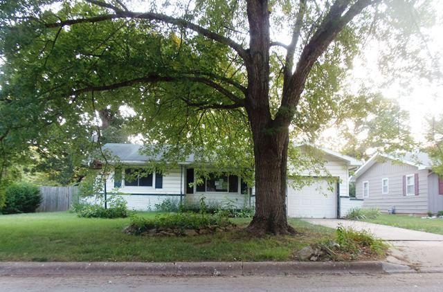 959 S Old Orchard Avenue, Springfield, MO 65802 (MLS #60114154) :: Team Real Estate - Springfield