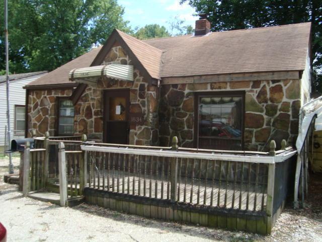 1834 E Monroe Terrace, Springfield, MO 65802 (MLS #60114907) :: Good Life Realty of Missouri