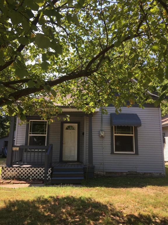 1714 W Lee Street, Springfield, MO 65803 (MLS #60116334) :: Good Life Realty of Missouri