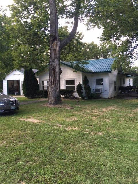 115 5th Street, Taneyville, MO 65759 (MLS #60118025) :: Good Life Realty of Missouri