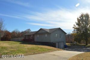 2303 S Loma Linda Drive, Loma Linda, MO 64804 (MLS #60118055) :: Good Life Realty of Missouri