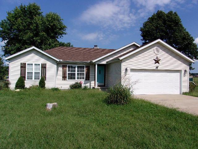 13618 Pierce Lane, Neosho, MO 64850 (MLS #60119532) :: Team Real Estate - Springfield