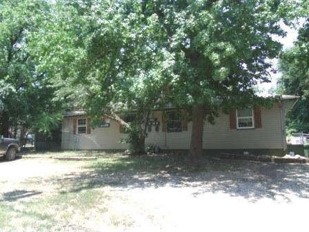 1121 W Elm Arcade Street, Springfield, MO 65806 (MLS #60125297) :: Sue Carter Real Estate Group