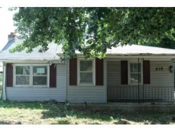 918 N Brown Avenue, Springfield, MO 65802 (MLS #60125453) :: Team Real Estate - Springfield