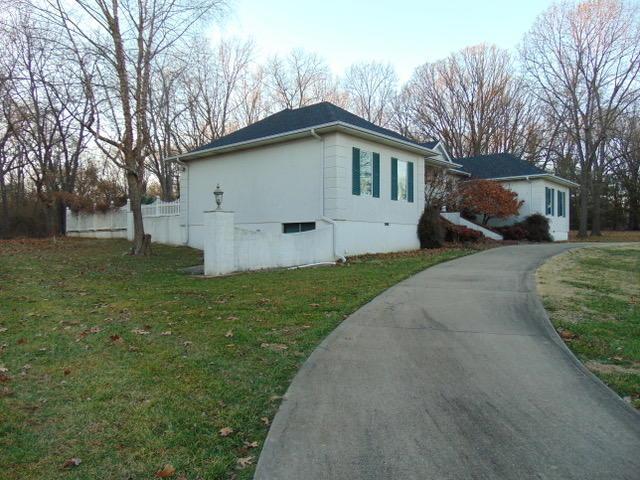 1506 Nottingham Street, Cassville, MO 65625 (MLS #60126787) :: Weichert, REALTORS - Good Life