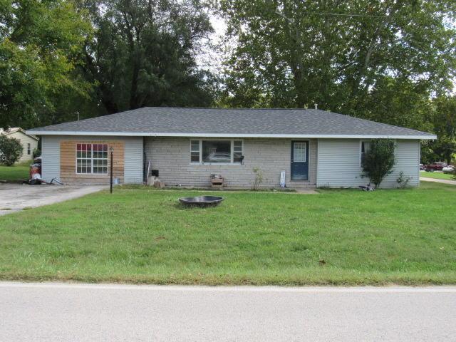 148 S Clompton Street, Dadeville, MO 65635 (MLS #60129415) :: Weichert, REALTORS - Good Life