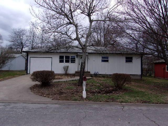 208 N Janice Street, Goodman, MO 64843 (MLS #60131466) :: Team Real Estate - Springfield