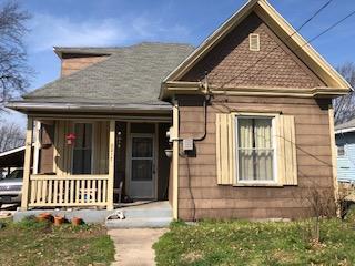2217 N Ramsey Avenue, Springfield, MO 65803 (MLS #60132528) :: Weichert, REALTORS - Good Life