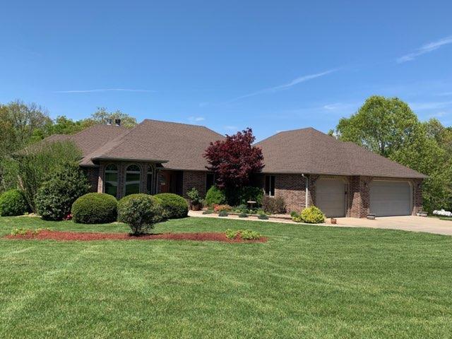 1935 W James River Drive, Nixa, MO 65714 (MLS #60136125) :: Sue Carter Real Estate Group