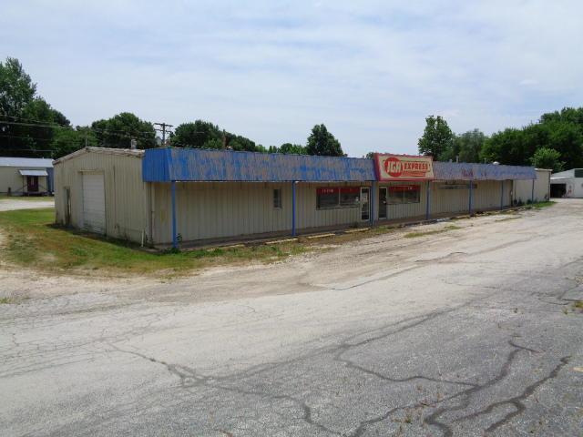 310 S Washington Avenue, Walnut Grove, MO 65770 (MLS #60136148) :: Sue Carter Real Estate Group