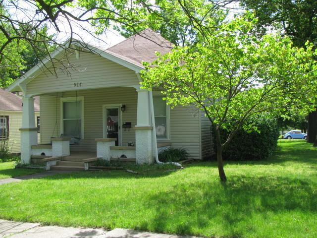 516 Frisco Street, Monett, MO 65708 (MLS #60136723) :: The Real Estate Riders