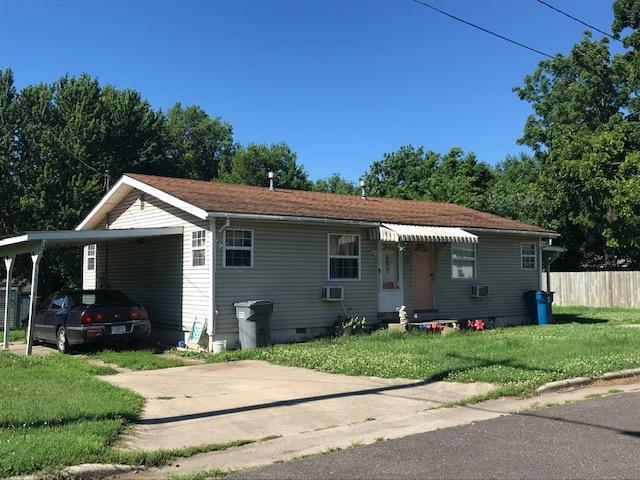 1349 N Ethyl Avenue, Springfield, MO 65802 (MLS #60140981) :: Sue Carter Real Estate Group