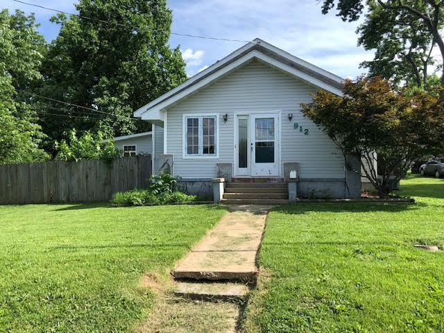 912 Woodland Avenue, West Plains, MO 65775 (MLS #60142069) :: Sue Carter Real Estate Group