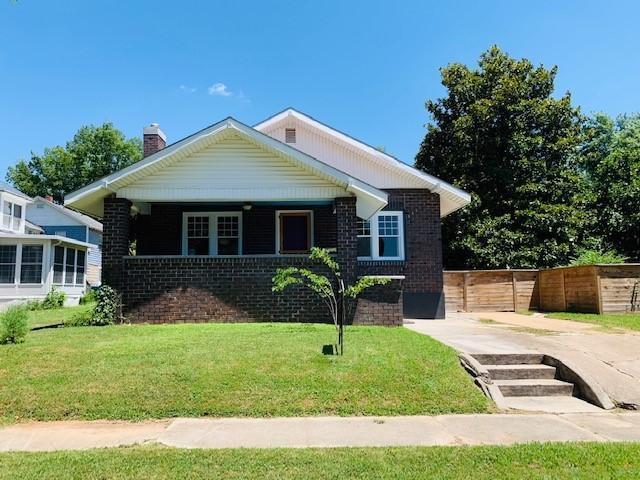 417 N Sergeant Avenue, Joplin, MO 64801 (MLS #60142593) :: Sue Carter Real Estate Group