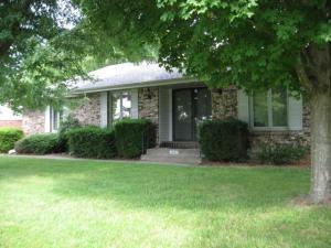 1642 Oak Drive, Aurora, MO 65605 (MLS #60142611) :: Team Real Estate - Springfield