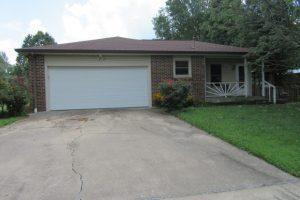 408 W Brown Street, Clever, MO 65631 (MLS #60144460) :: Team Real Estate - Springfield