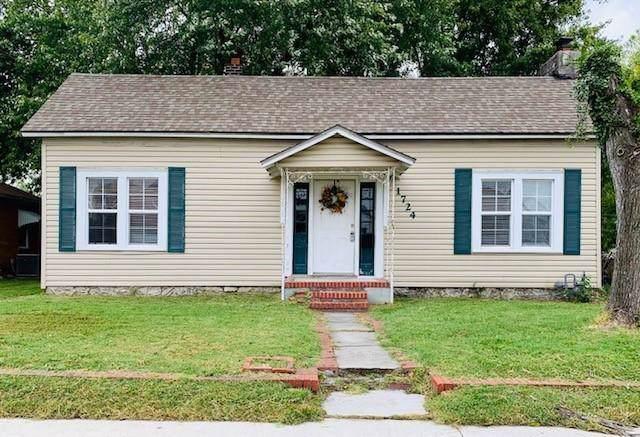 1724 S Wall Avenue, Joplin, MO 64804 (MLS #60147799) :: Sue Carter Real Estate Group