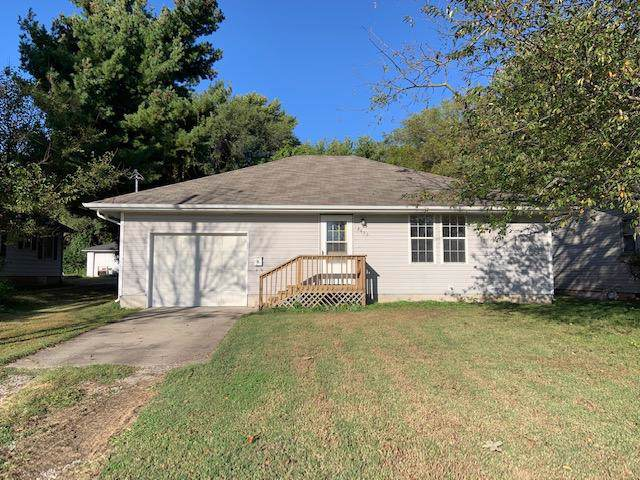 2433 N Boonville Avenue, Springfield, MO 65803 (MLS #60149416) :: Sue Carter Real Estate Group