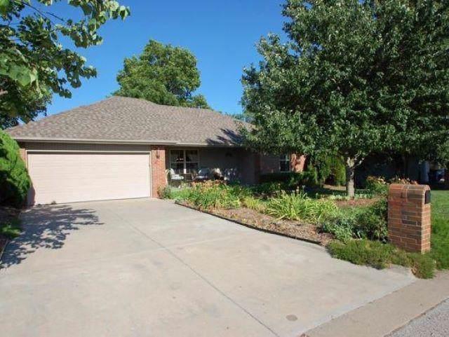 610 S Eastridge, Nixa, MO 65714 (MLS #60149513) :: Sue Carter Real Estate Group