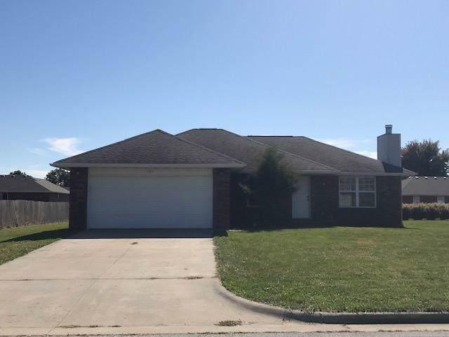 104 E Cherokee Street, Strafford, MO 65757 (MLS #60149626) :: Sue Carter Real Estate Group