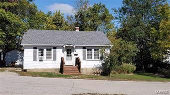 104 E 1st Street, Salem, MO 65560 (MLS #60149900) :: Massengale Group