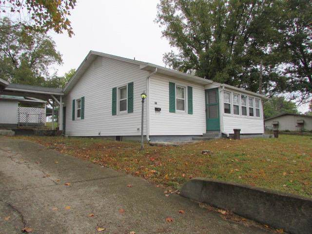 305 E 3rd Street, West Plains, MO 65775 (MLS #60150614) :: Sue Carter Real Estate Group