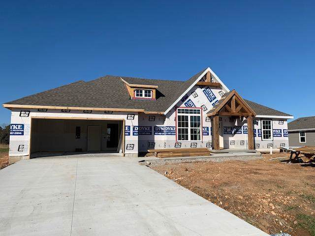 1164 Robins Nest Hill, Mt Vernon, MO 65712 (MLS #60151047) :: Sue Carter Real Estate Group