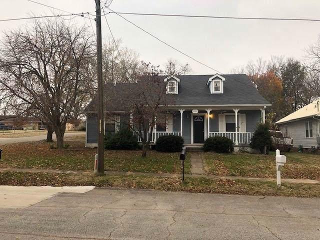 1002 Randolph Street, Neosho, MO 64850 (MLS #60151635) :: Sue Carter Real Estate Group