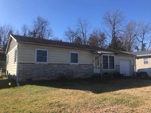 1406 Hillcrest Terrace, Neosho, MO 64850 (MLS #60152071) :: Sue Carter Real Estate Group